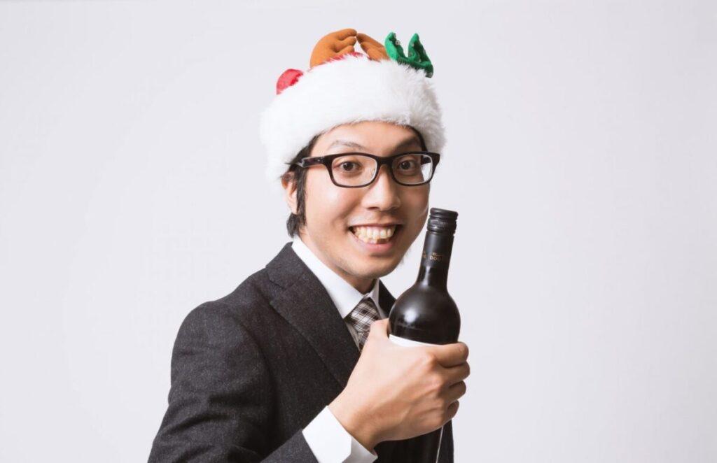 サンタ帽のサラリーマン