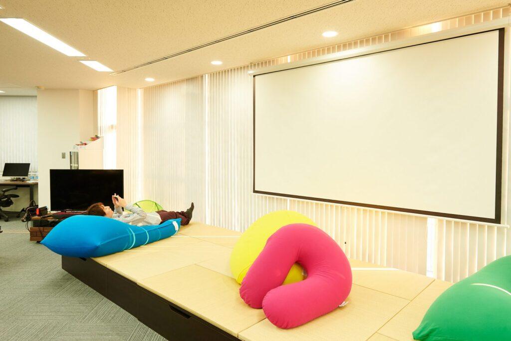 株式会社ミラティブの畳スペース